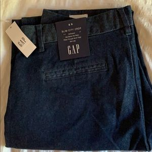 NWT GAP Slim City Crop Pants